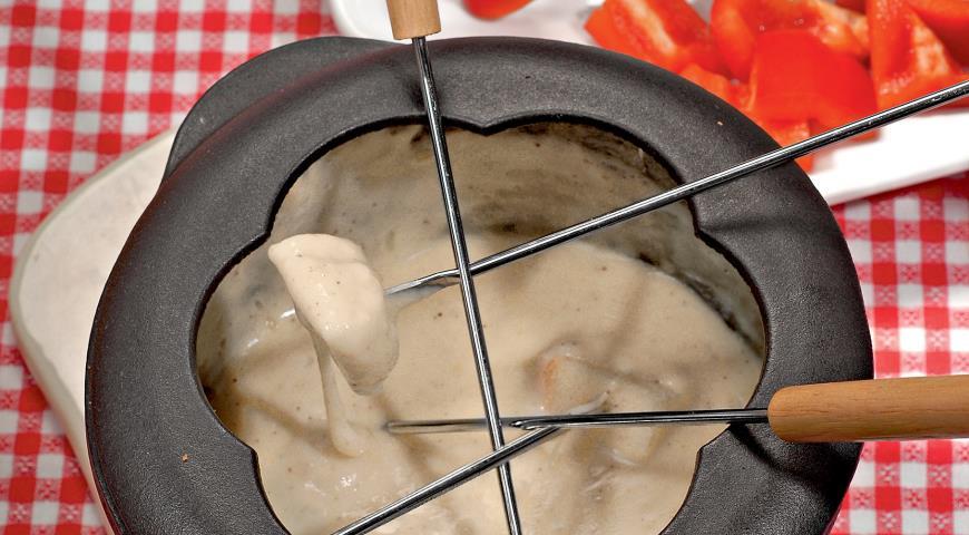 Как приготовить фондю с сыром в домашних условиях 598