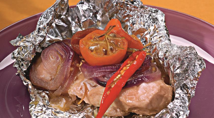 Рецепт куриной грудке в фольге