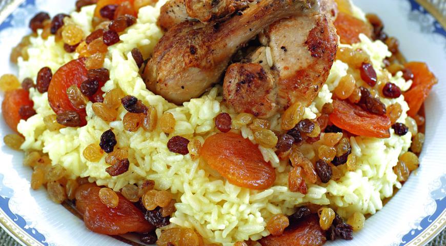 Плов с курицей и изюмом рецепт пошагово