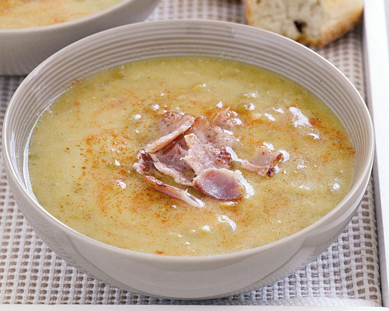 Гороховый суп с беконом | Рецепты с фото