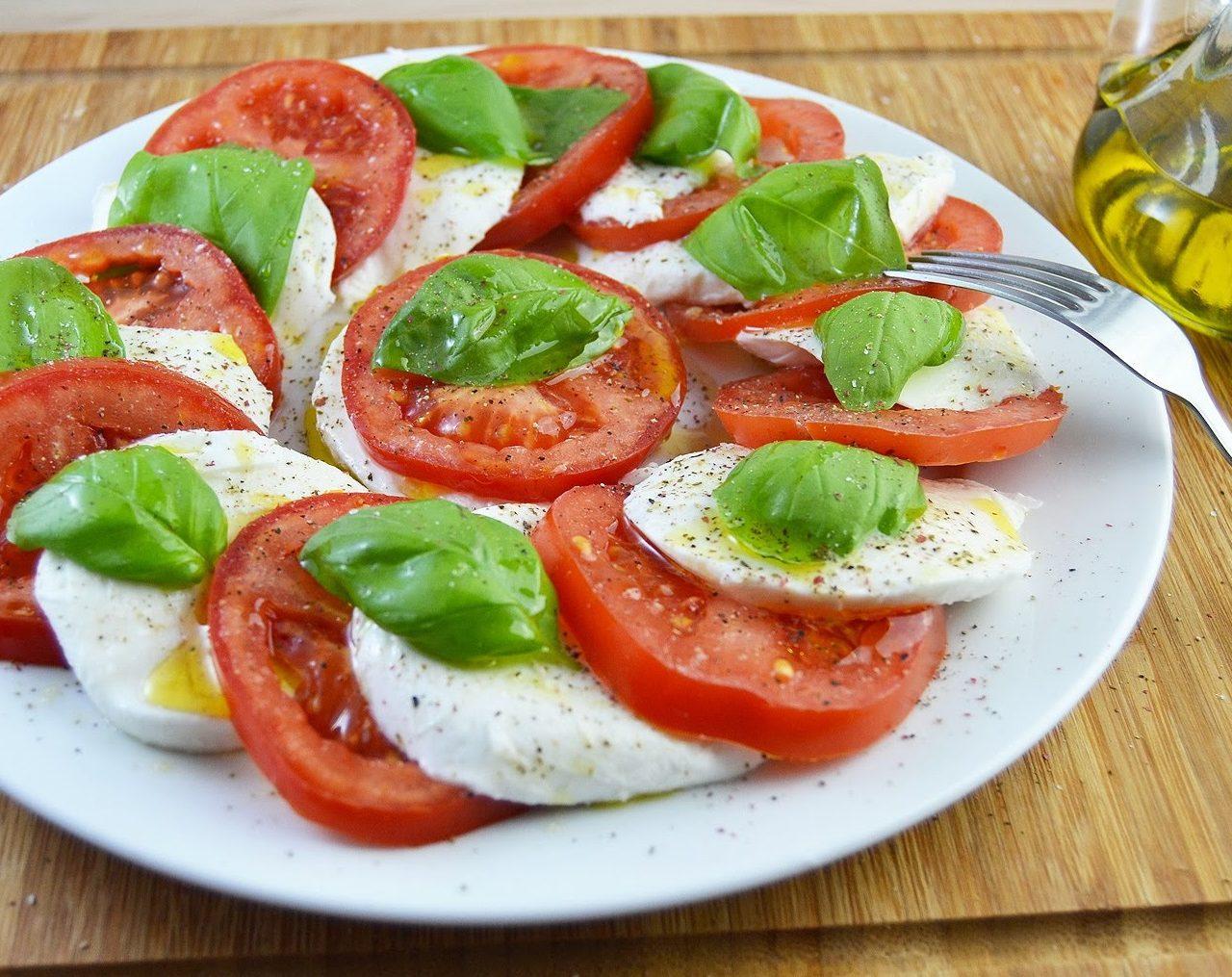 "Салат ""Капрезе"" | Рецепты с фото"