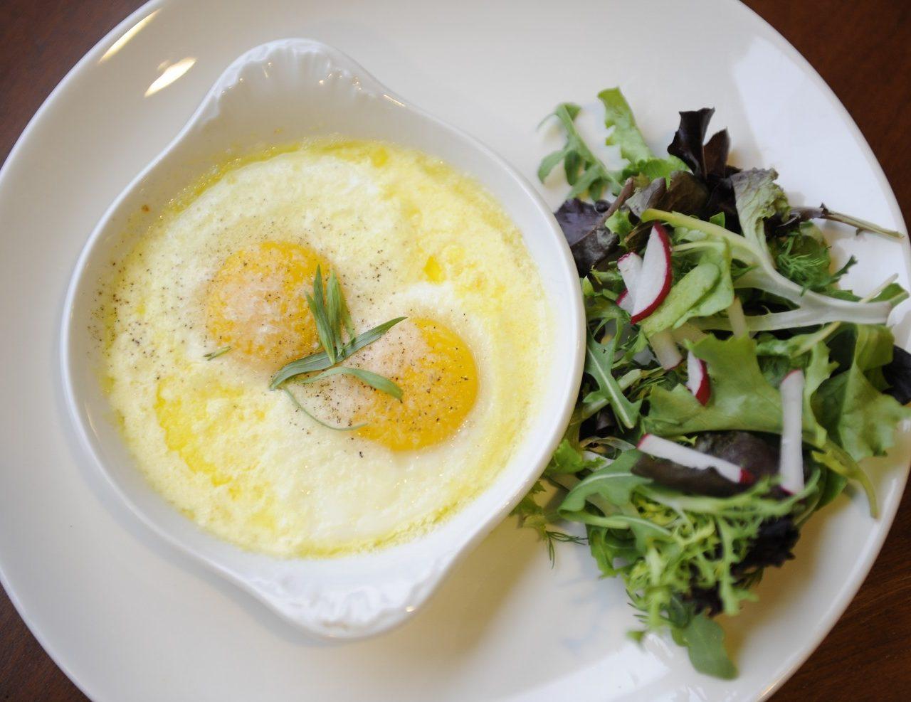 Яйца, запеченные в сливках | Рецепты с фото