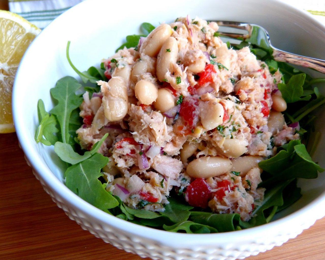 Салат с тунцом и фасолью | Рецепты с фото