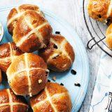 Английские пасхальные булочки, пасхальные булочки, английские булочки на пасху, пасха