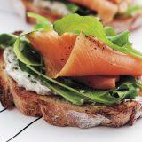 Брускетта с лососем | Рецепты с фото