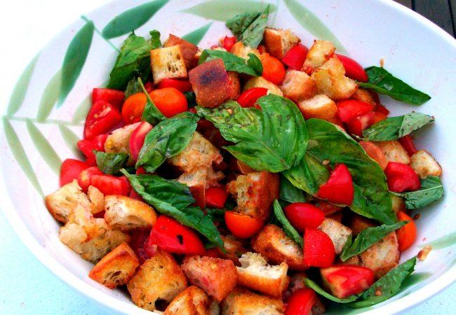 Итальянский салат Панцанелла | Рецепты с фото