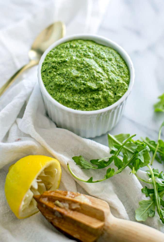 Соус Песто из корн-салата и руколы | Рецепты с фото