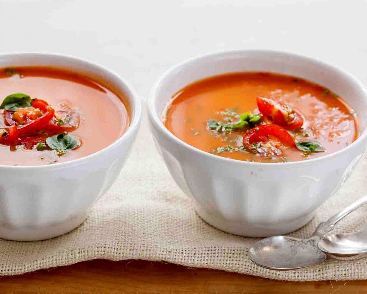 Суп-пюре из помидоров и базилика | Рецепты с фото