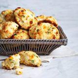 Сырное печенье с зеленым луком | Рецепты с фото