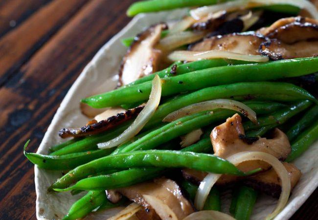 Зеленая фасоль  с вешенками | Рецепты с фото