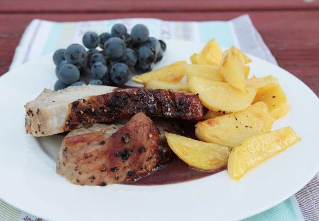 Теплый салат из свинины и винограда | Рецепты с фото