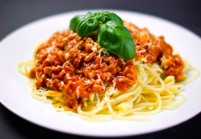 Паста с соусом болоньезе | Рецепты с фото