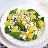 Салат из манго и деревенского сыра | Рецепты с фото