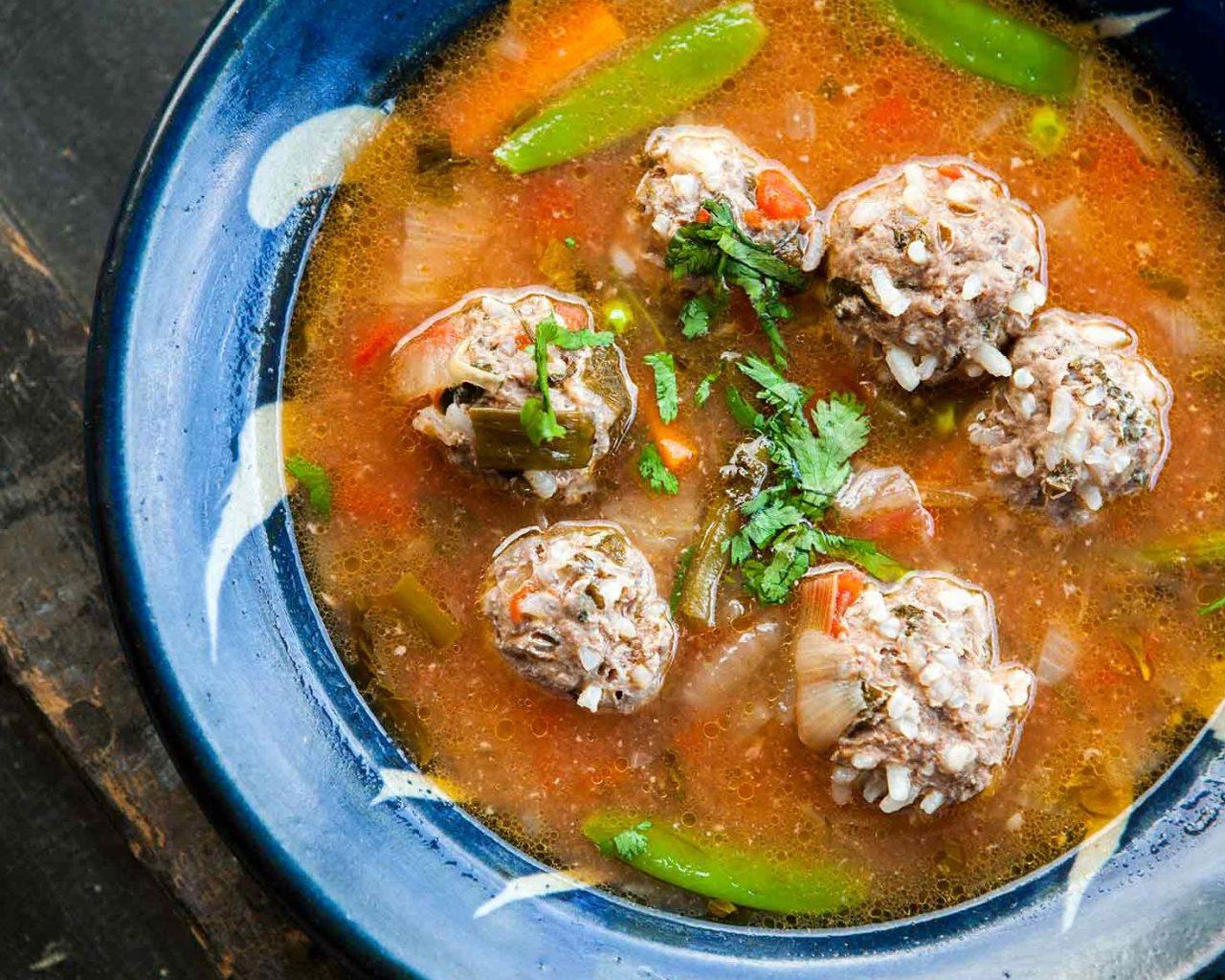 Суп с фрикадельками по-испански | Рецепты с фото