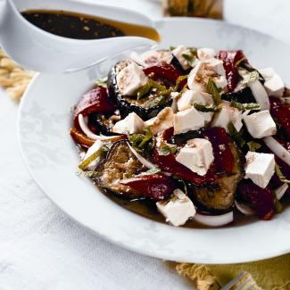 Баклажаны сгранатовым соусом | Рецепты с фото
