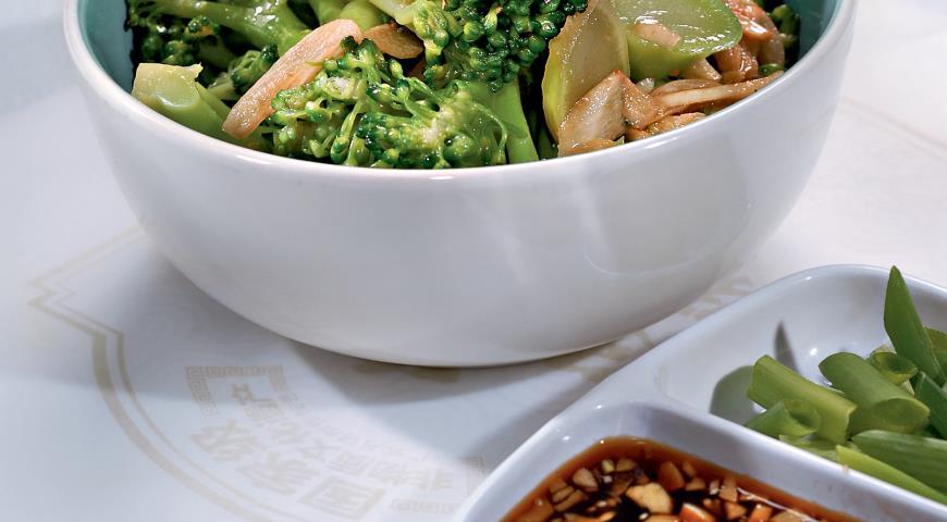 Брокколи с имбирем | Рецепты с фото