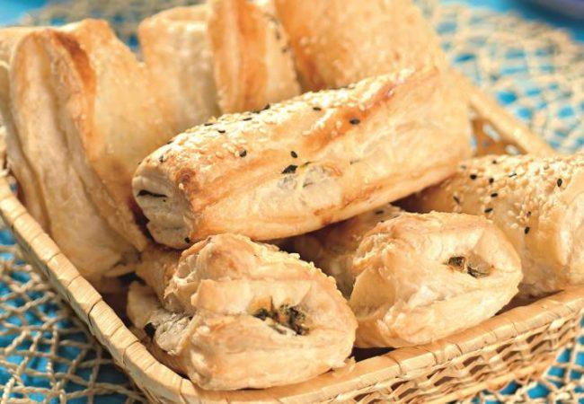 Бурекасы со шпинатом и сыром | Рецепты с фото