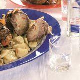 Буженина, нашпигованная чесноком, маринованная с мятой и квасом | Рецепты с фото