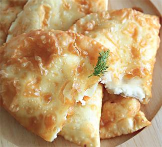 Чебуреки с сыром | Рецепты с фото