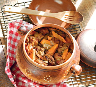 Доб с говядиной и копченой свининой | Рецепты с фото