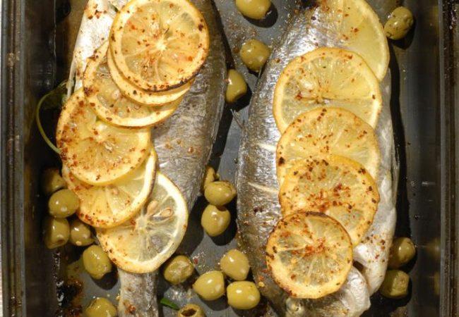 Дорада по-мароккански в духовке | Рецепты с фото