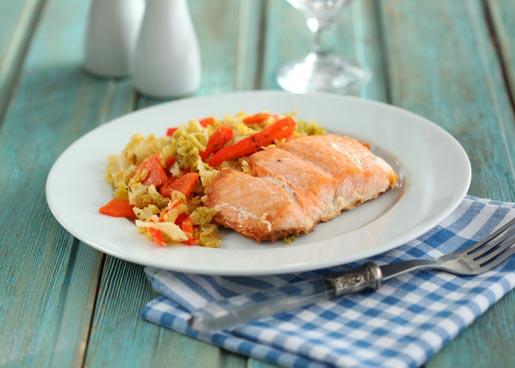Форель в духовке с овощами | Рецепты с фото