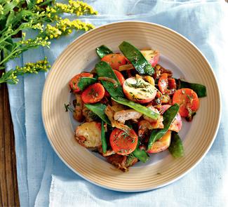 Фрикасе из индейки с весенними овощами | Рецепты с фото