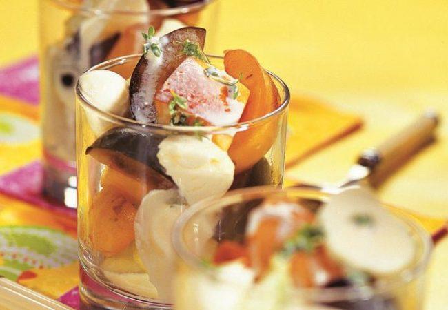 Фруктовый салат с моццареллой | Рецепты с фото