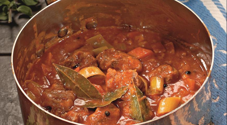 Тушеное мясо говядина рецепт с фото