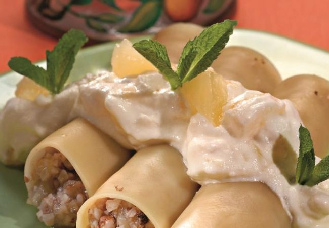 Каннеллони с орехами и ананасами   Рецепты с фото