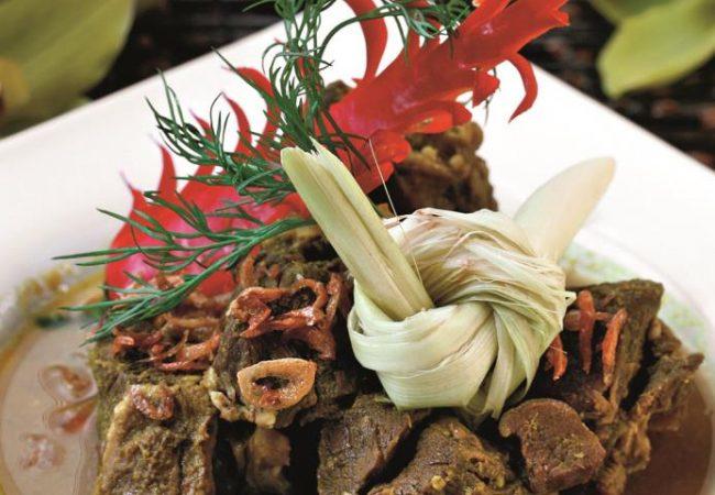 Каре камбиг, баранина в кокосовом молоке | Рецепты с фото