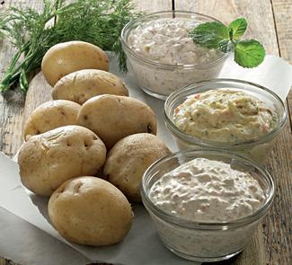 Картофель в мундире с тремя дипами   Рецепты с фото