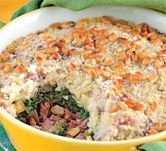 Картофельная запеканка с мясом и шпинатом | Рецепты с фото