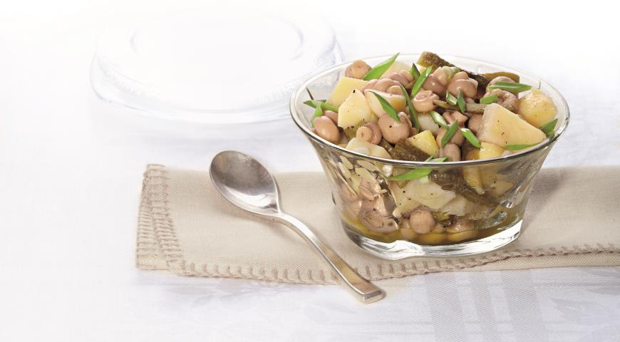 Картофельный салат с маринованными шампиньонами | Рецепты с фото