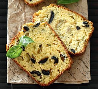 Кекс с оливками, маслинами, базиликом и пармезаном   Рецепты с фото