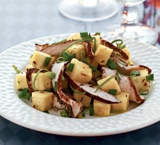 Кубинский салат из куриного филе с ананасом | Рецепты с фото