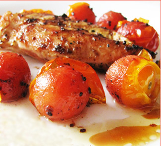 Куриная грудка с помидорами черри   Рецепты с фото