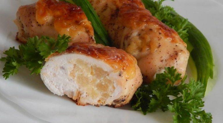 Куркума — настоящая пачка-выручалочка в таких случаях и поэтому должна быть на кухне у каждой хозяйки.