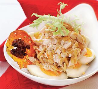 Куриный салат с грецкими орехами | Рецепты с фото