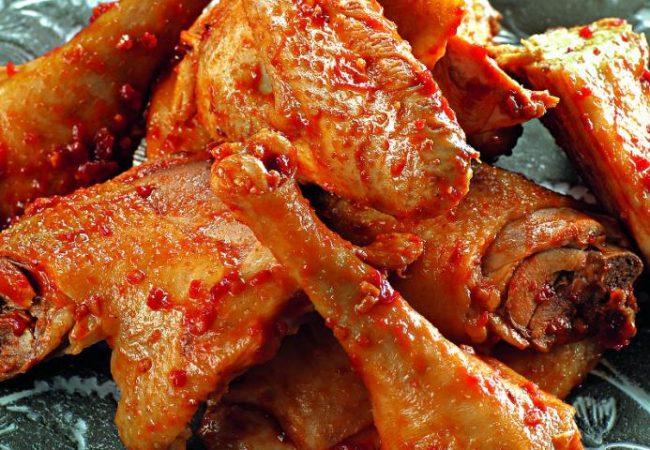 Курица с аджикой | Рецепты с фото