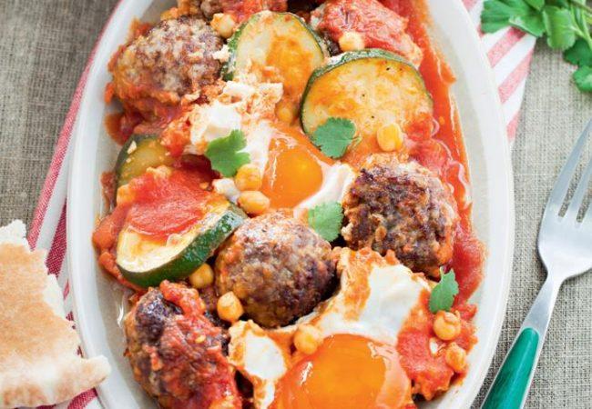 Марокканские фрикадельки с яйцом | Рецепты с фото