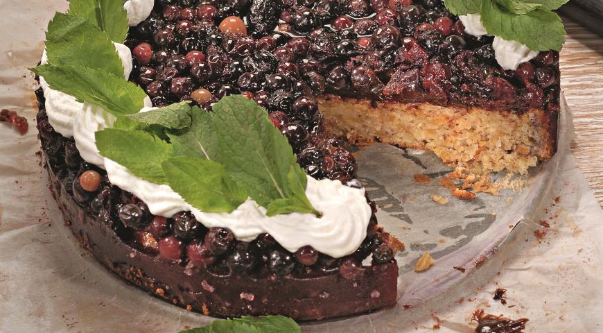 Миндальный торт со смородиной | Рецепты с фото