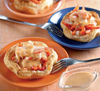 Мини-пироги с тигровыми креветками и кетчупом | Рецепты с фото