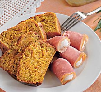 Морковный хлеб с тимьяном и козьим сыром | Рецепты с фото