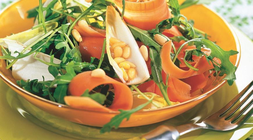 Морковный салат с медом   Рецепты с фото