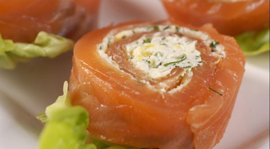 Норвежские рулетики из лосося | Рецепты с фото