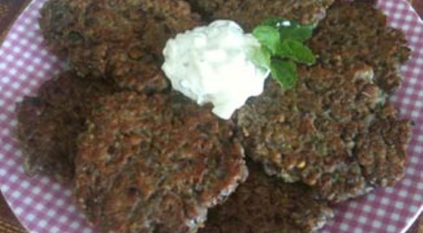 Оладьи из чечевицы и булгура | Рецепты с фото