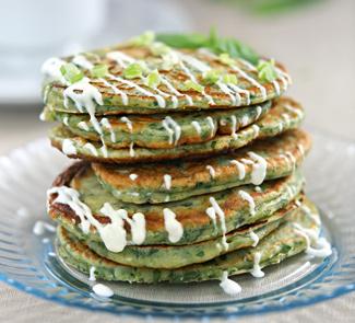Оладьи из зелени | Рецепты с фото