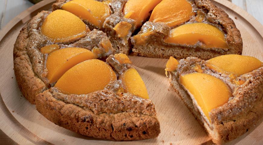 Ореховый пирог с абрикосами | Рецепты с фото