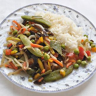 Овощи с черным чесноком и рисом | Рецепты с фото
